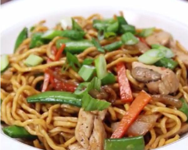 Chinese Chicken Lo Mein