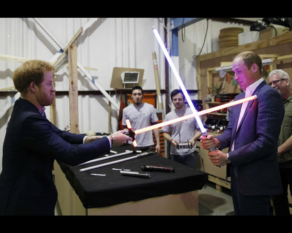 Prince Harry, Prince William visit 'Star Wars' set