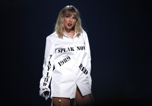Taylor Swift AMA 2019