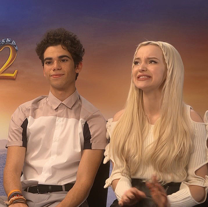 Photo Dove Cameron Gives Touching Tribute To Late Co Star Cameron Boyce Celebrities Enstars