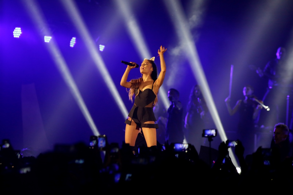 Ariana Grande - The Honeymoon Tour Live Jakarta