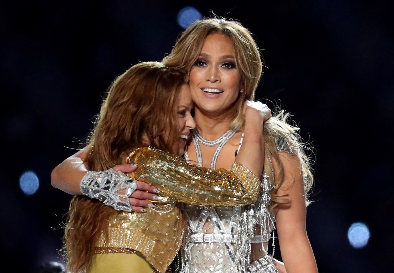 Crudest Super Bowl Halftime Show? Jennifer Lopez, Shakira's Performance Sparks 'Lewd' Complaint