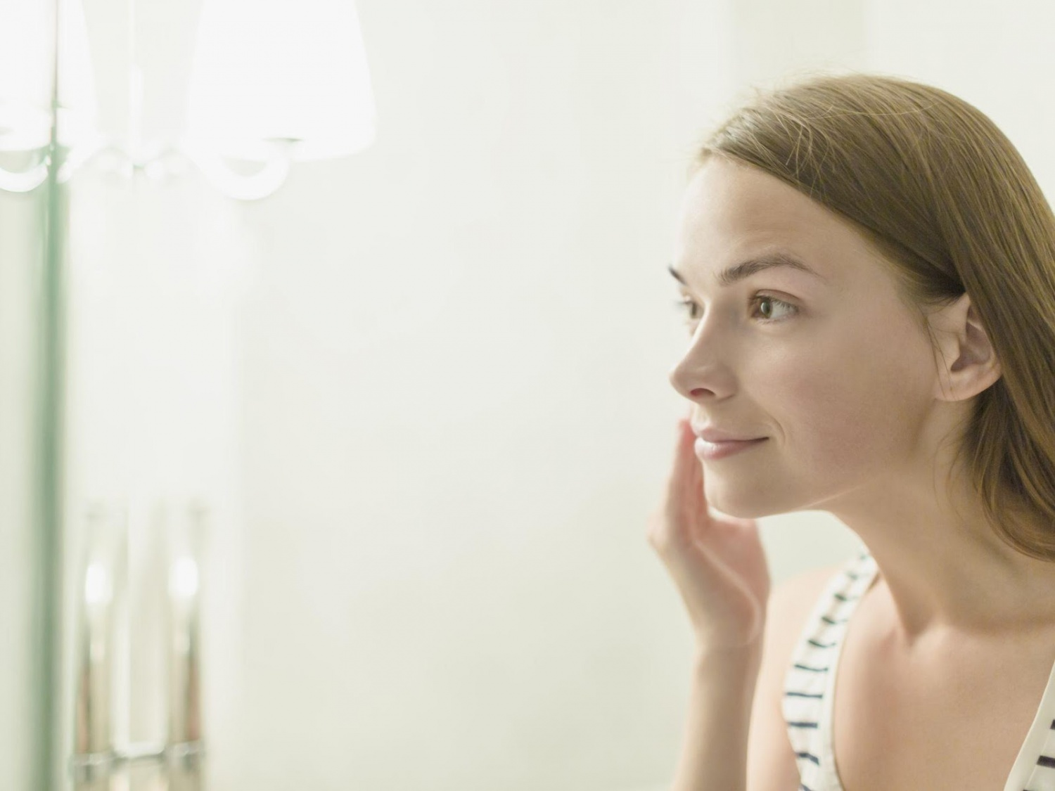 Wake Up Gorgeous! 5 Easy Tricks to Perfect Your Skin in 2020