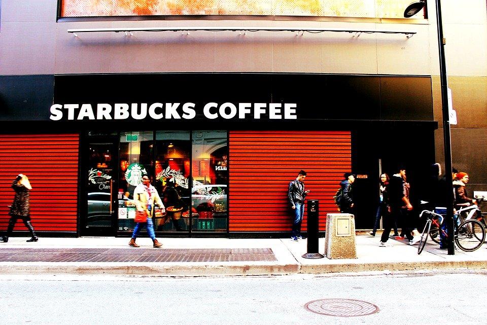 Boycott Starbucks is now trending