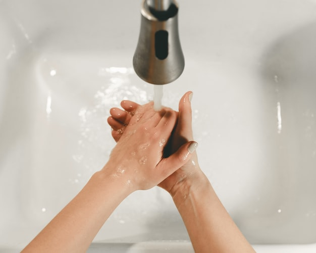 5 Anti-Bacterial Bar Soaps That Can Clean and Hydrate At The Same Time