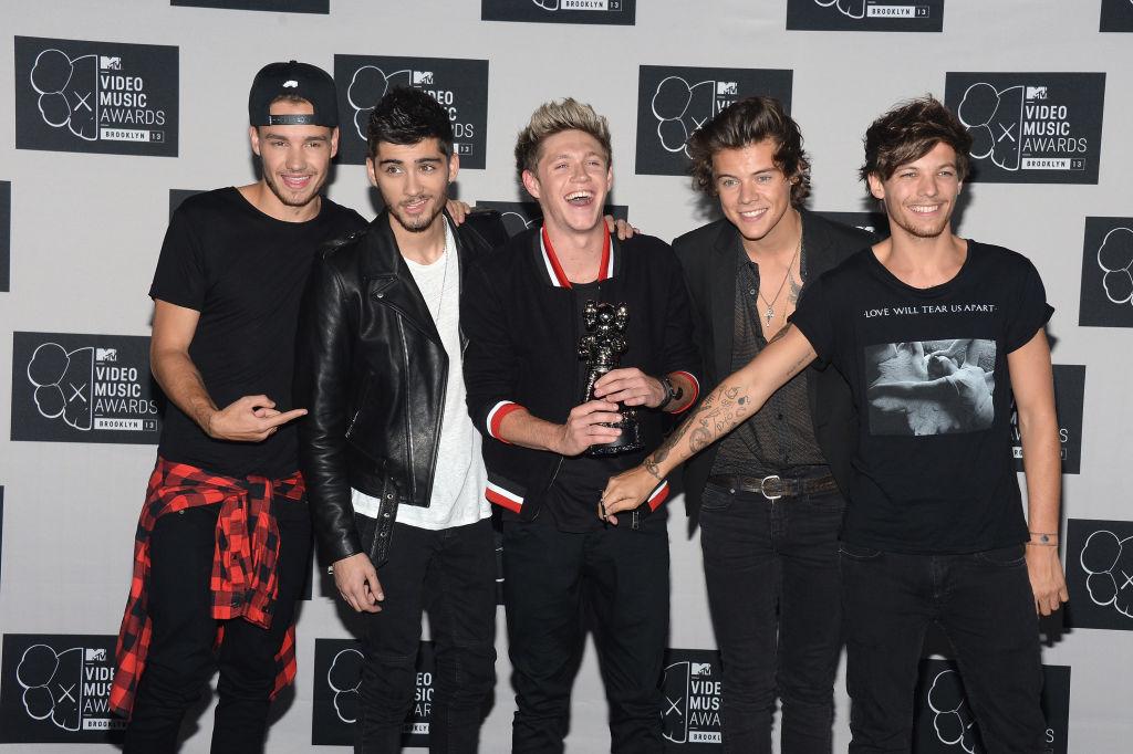 One Direction - Zayn Malik, Liam Payne, Niall Horan, Harry Styles, Louis Tomlinson