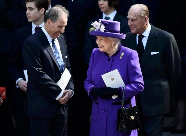 David Armstrong Jones, Earl of Snowdon, Viscount Linley, Queen Elizabeth II