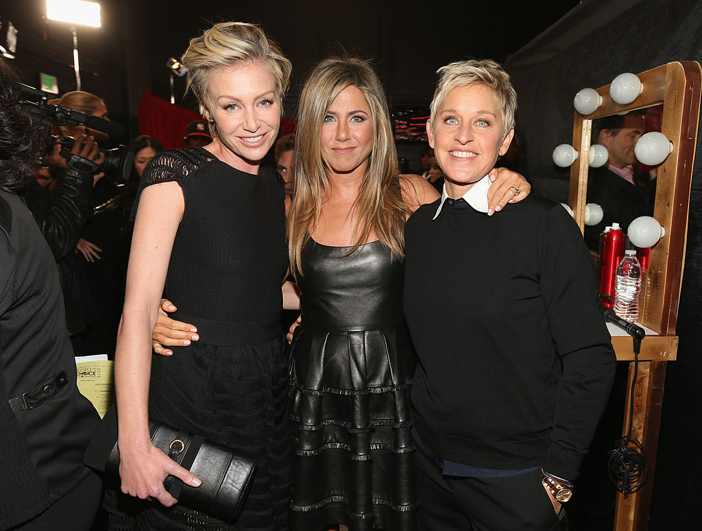Ellen Degenres with Jennifer Aniston, Portia De Rossi, 39th Annual People's Choice Awards - Backstage And Audience