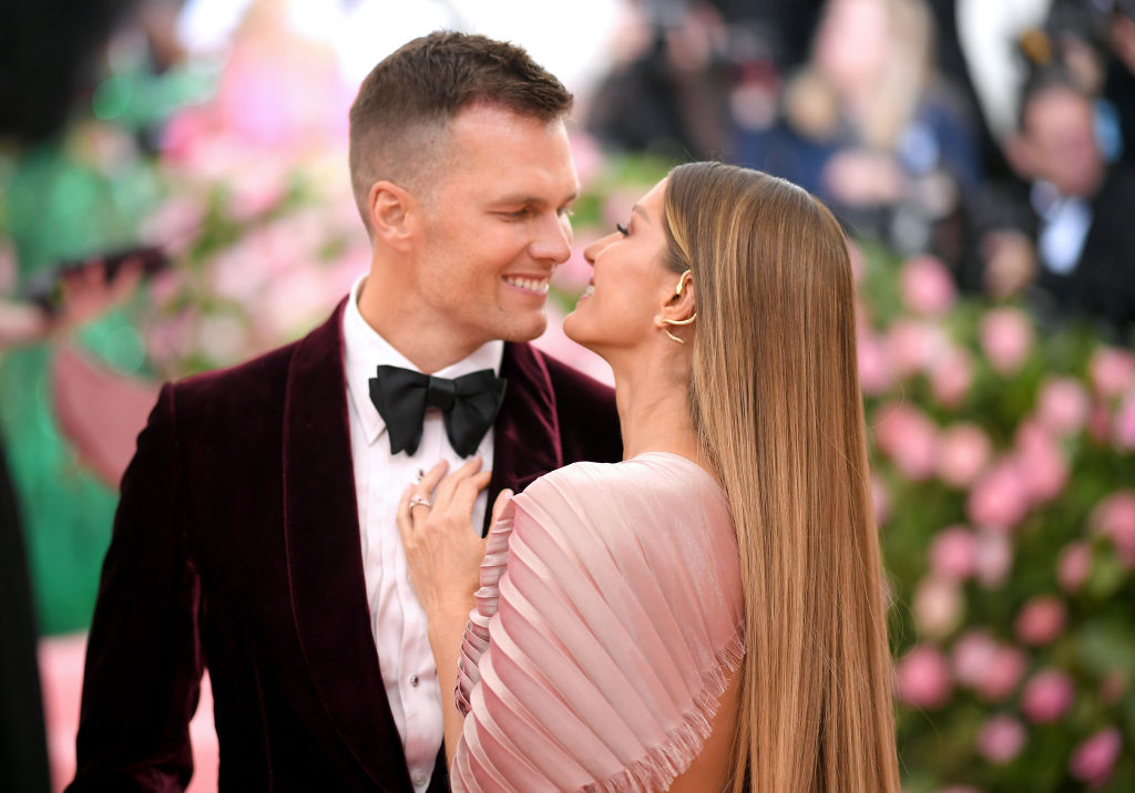 Gisele Bundchen Boyfriends: 3 High-Profile Celebs She Dated Before Marrying Tom Brady