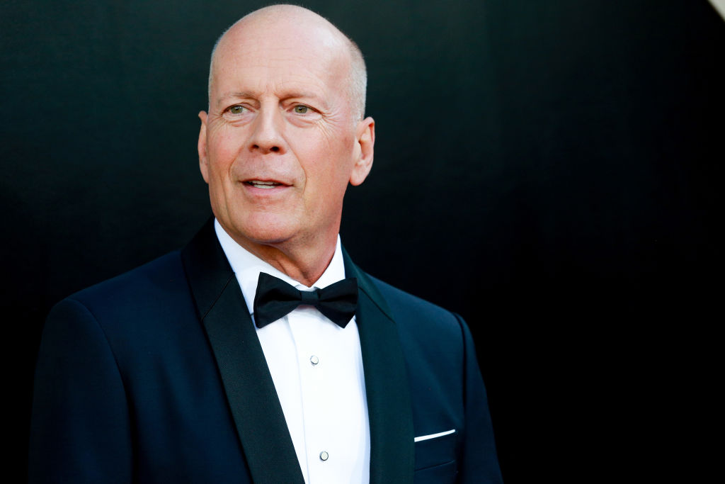 Bruce Willis was forced to leave after going mask-less in an LA store.