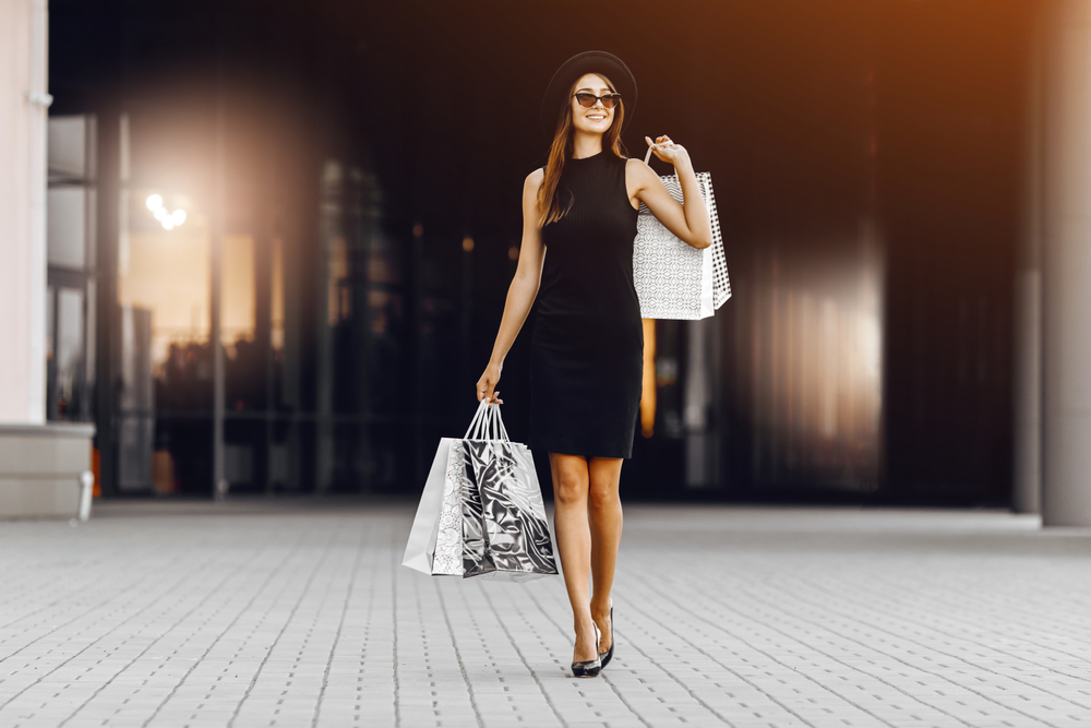 How to Dress Luxuriously at an Affordable Price