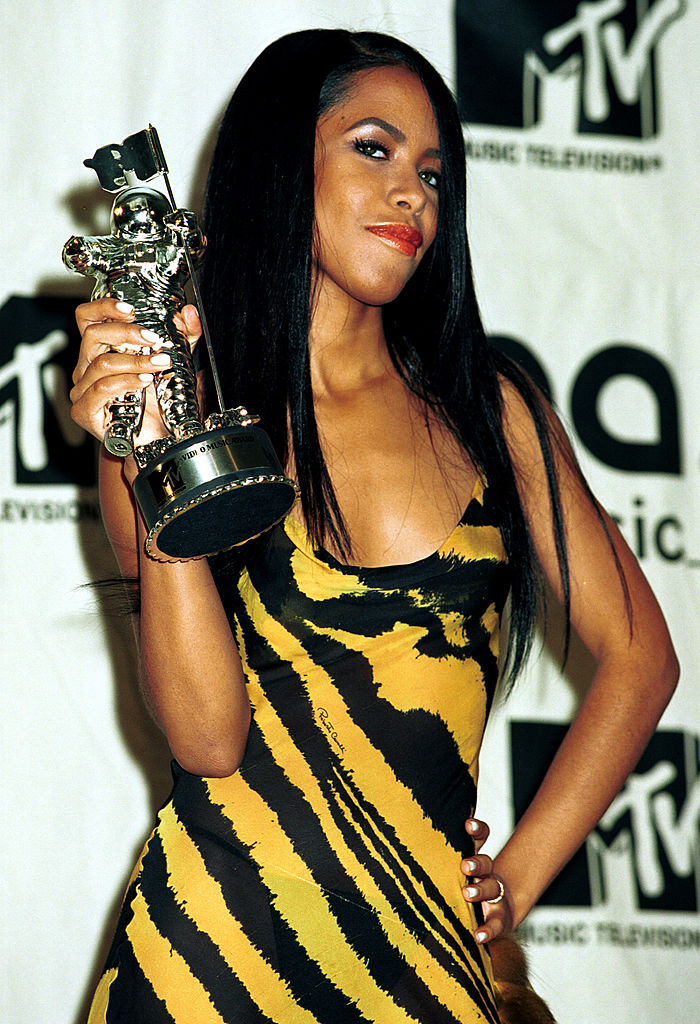 Aaliyah Biography Reveals Secret Romance of The Late Singer To Static Major