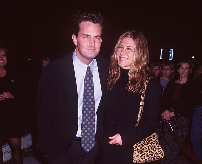 """Jennifer Aniston Speaks On Matthew Perry's """"Self-Torture"""" Seizures While Filming Live On 'Friends'"""
