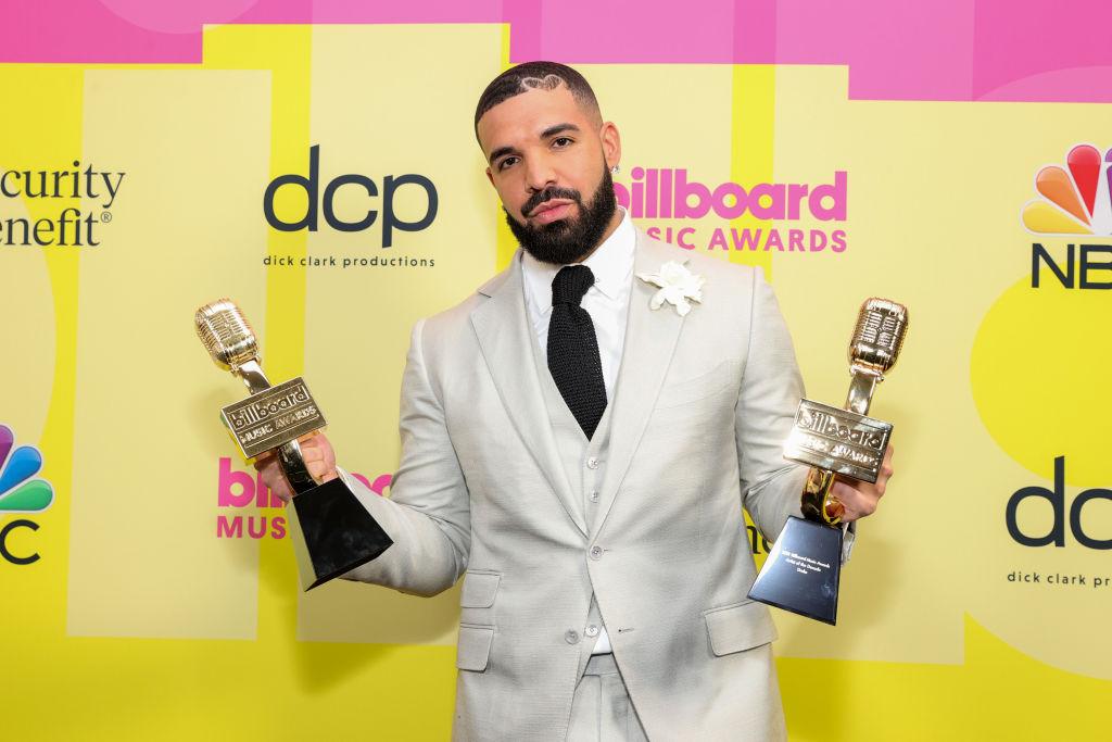 Drake, Girlfriend Johanna Leia's Son Bond Together For A 'Father-Son' Advice