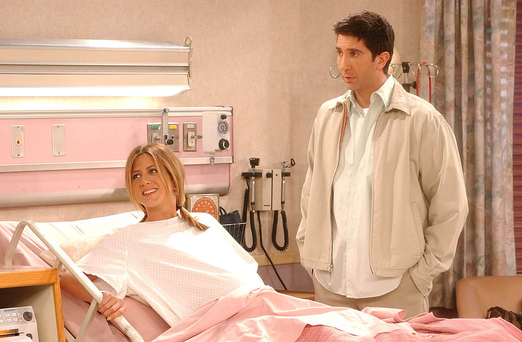 Jennifer Aniston, David Schwimmer 'Still Have Feelings' With Each Other After 'Friends' Reunion, Are They Dating?