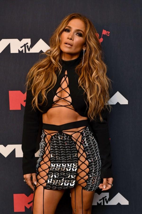 Jennifer Lopez VMAs 2021