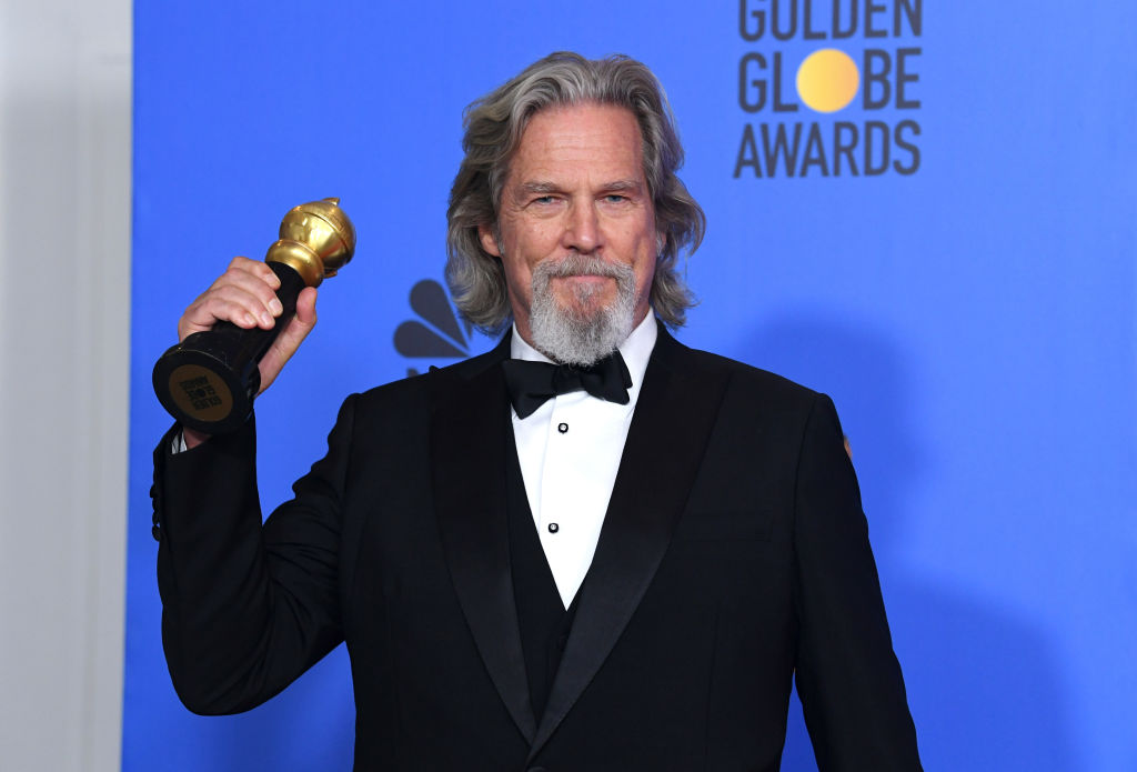 """Jeff Bridges Recovers from Lymphatic Cancer Only to Get Infected with COVID-19, Actor Claims Cancer Is """"A Piece of Cake"""""""