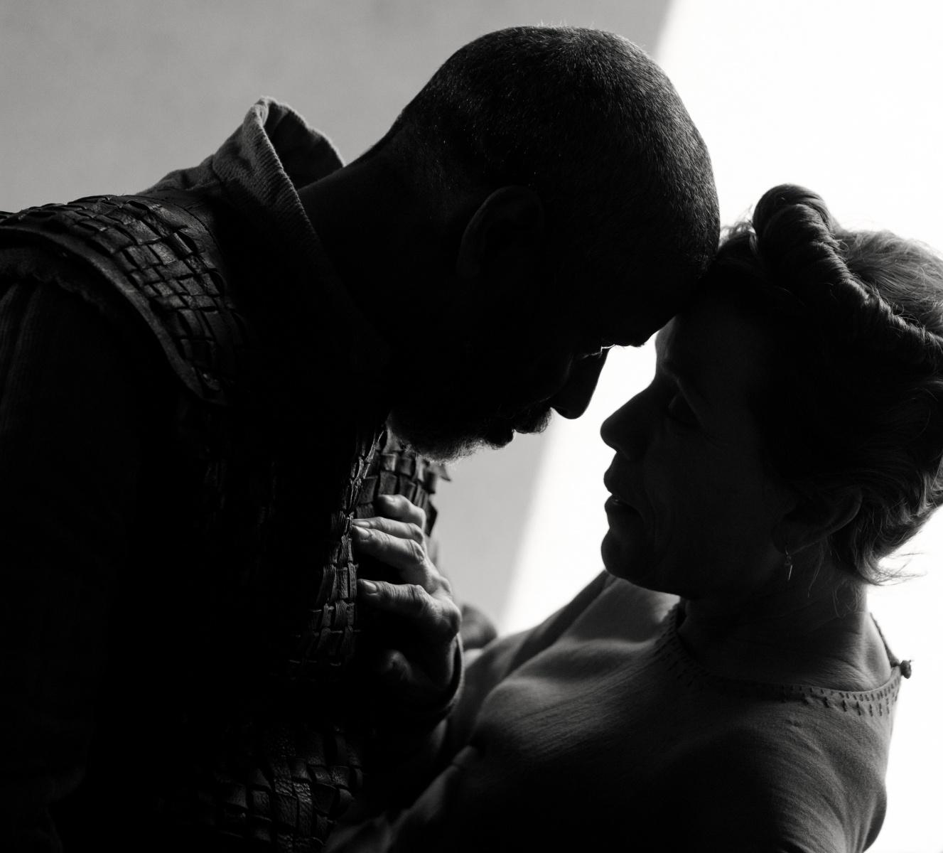 Denzel Washington and Frances McDormand Macbeth