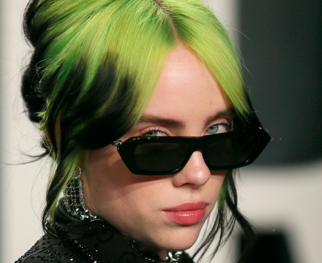 Billie Eilish Posts Cryptic Instagram Photo After Ditching Signature Style Celebrities Enstars
