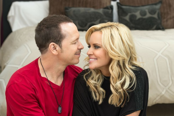 Donnie dating Jenny McCarthy